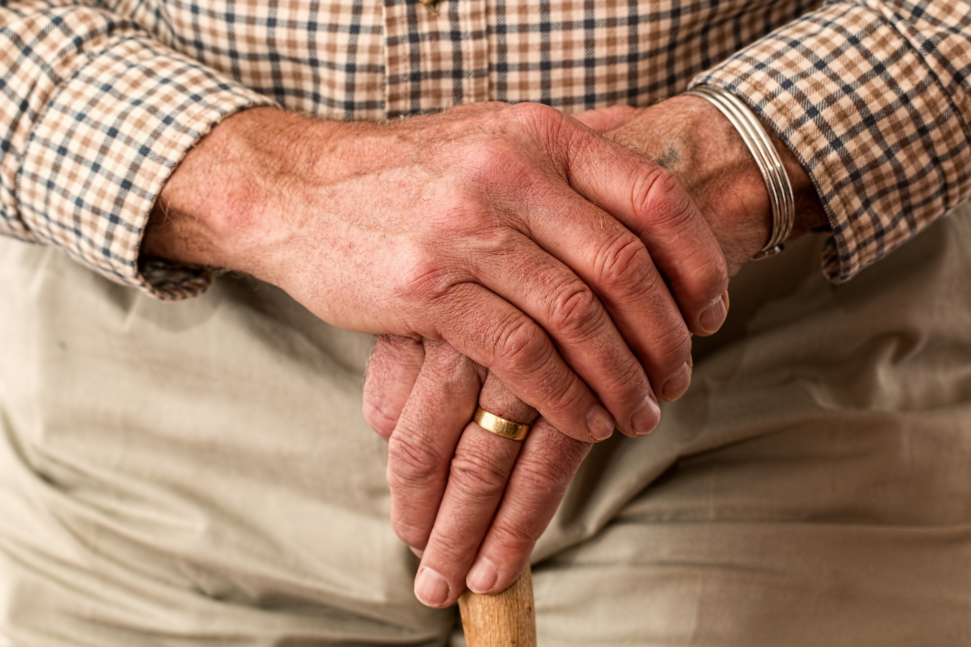 ruce, stáří, hůl