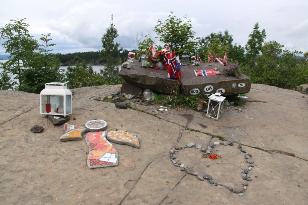 Norský ostrov Utöya. Vzpomínka na oběti
