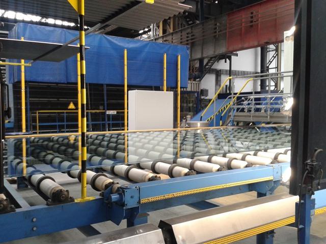 Teplická sklárna má novou linku na výrobu autoskel. Práci dala 80 ... d9e8d69d174