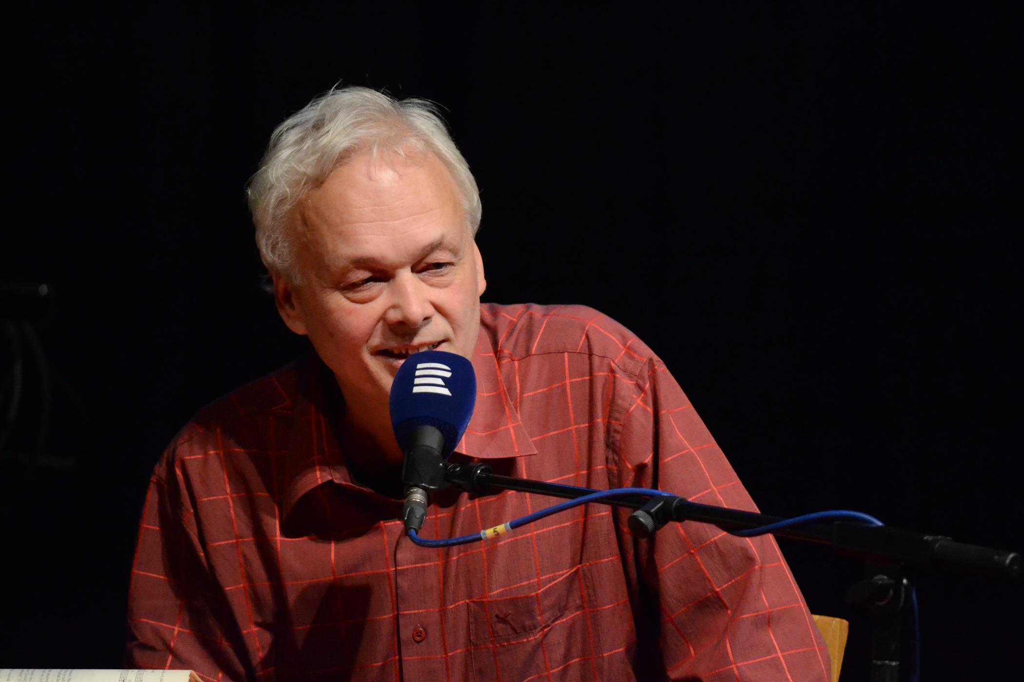 Host večera, hudební redaktor Jiří Plocek