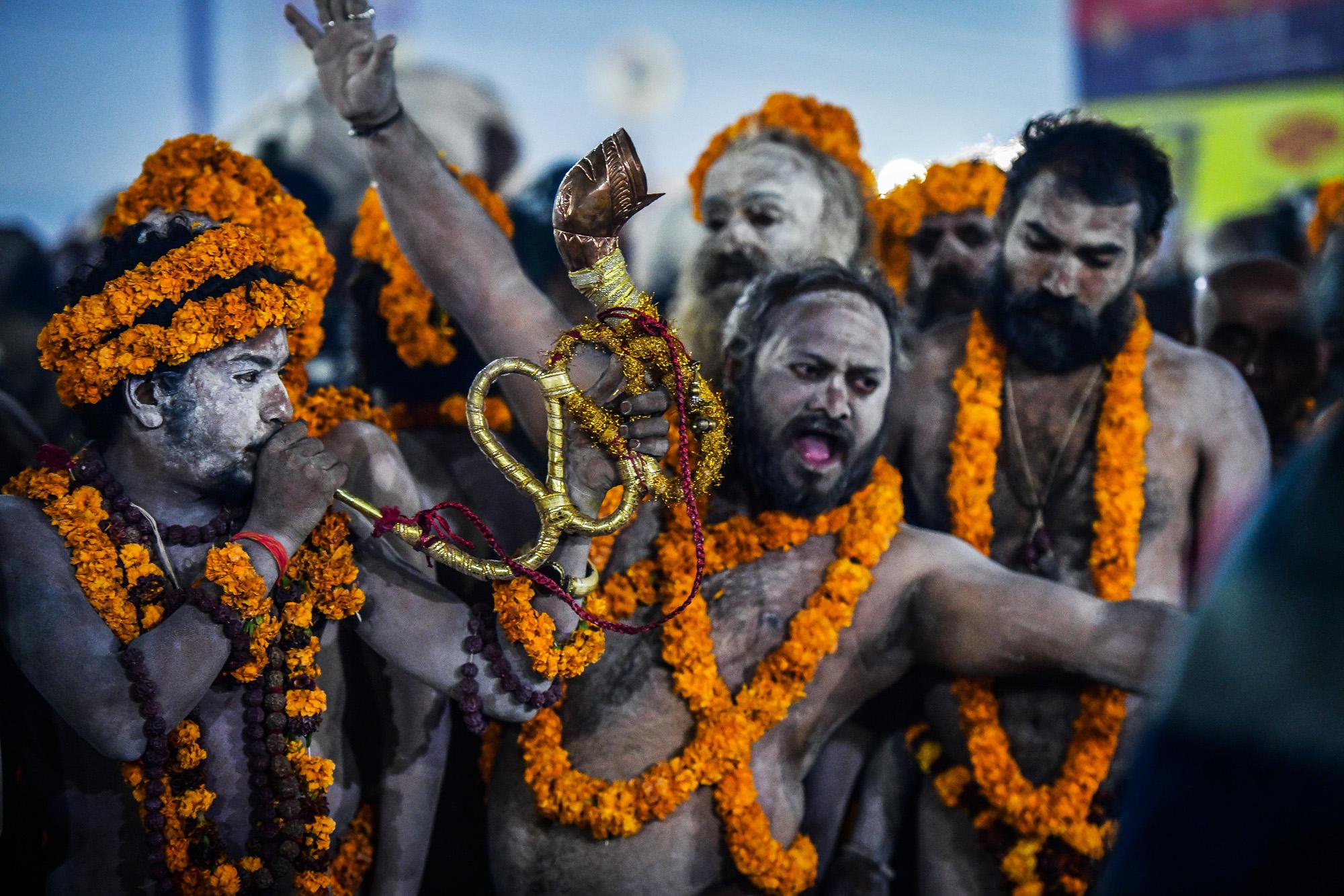 Hinduistická pouť ke břehům řeky Gangy
