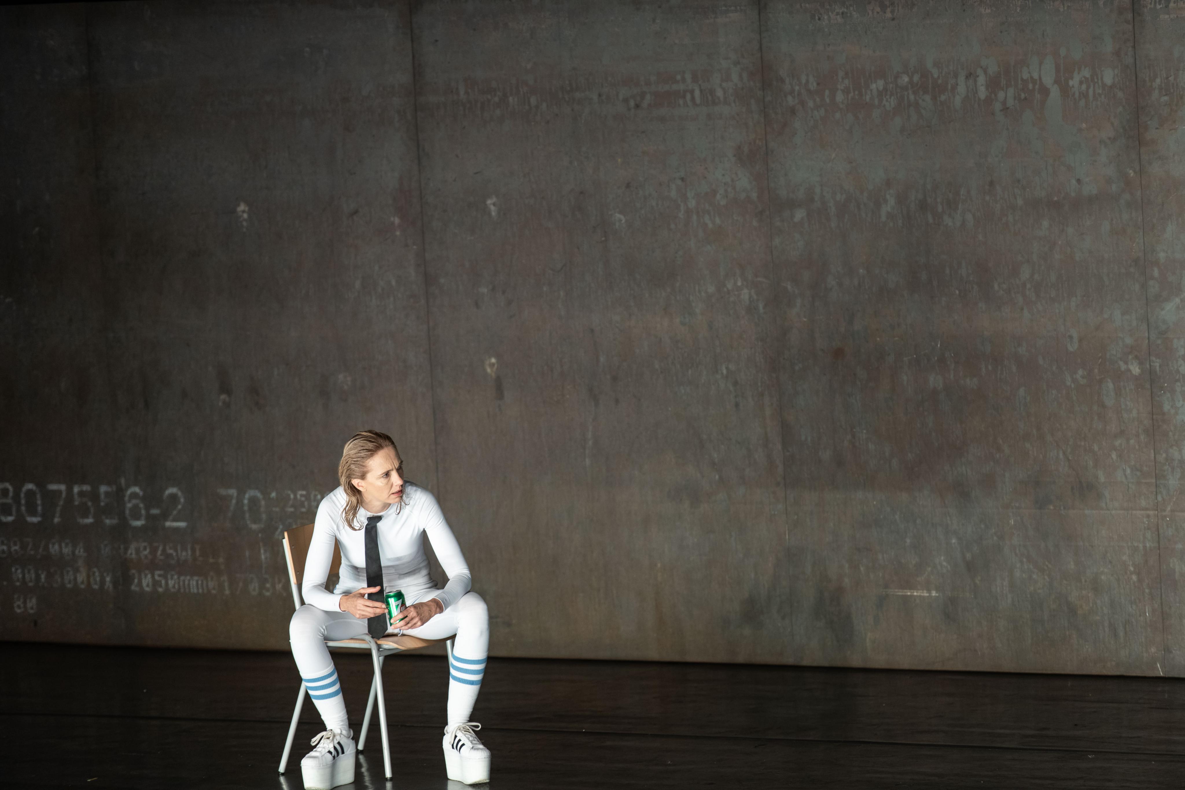 Nekonečný žert, režie Thorsten Lensing