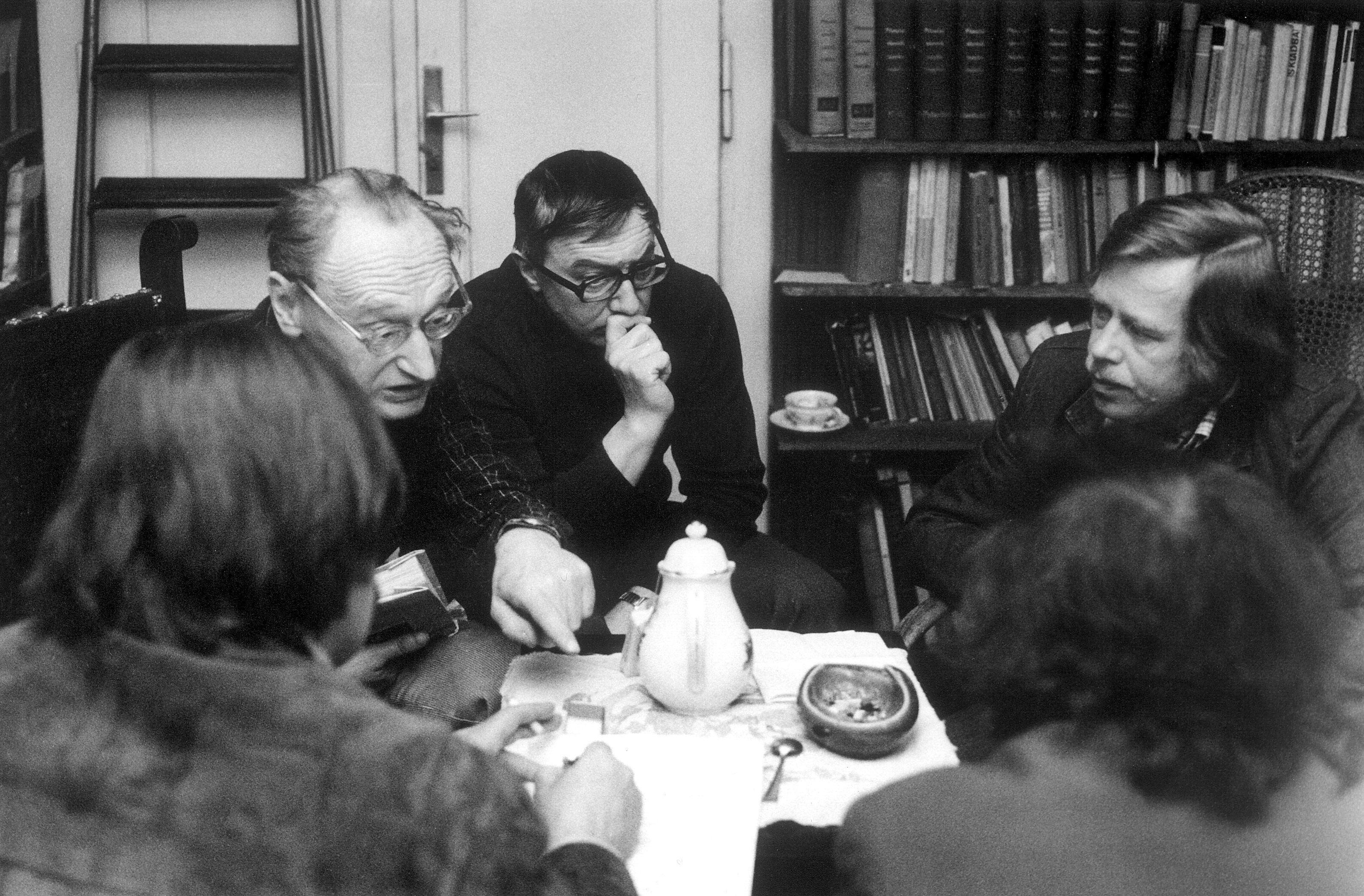 Jiří Hájek, Ladislav Hejdánek, Václav Havel (1979)