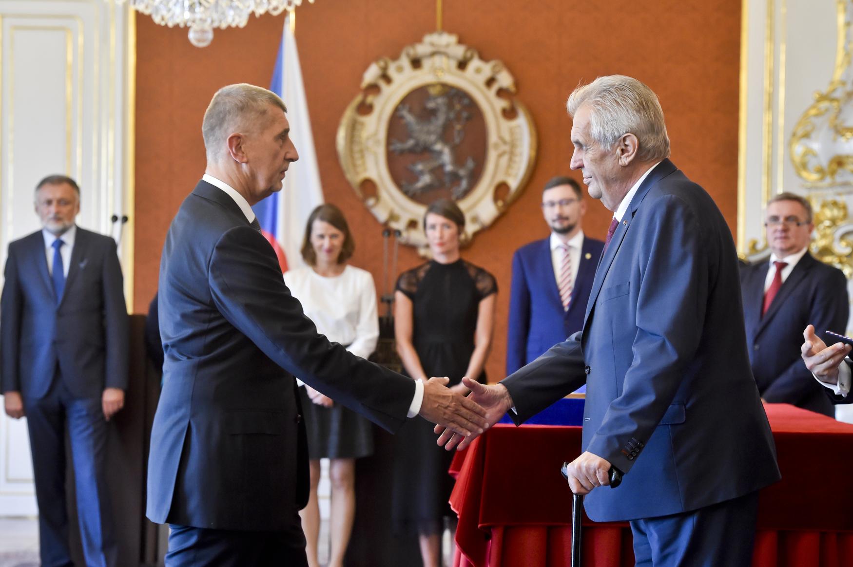 Miloš Zeman jmenoval podruhé premiérem Andreje Babiše