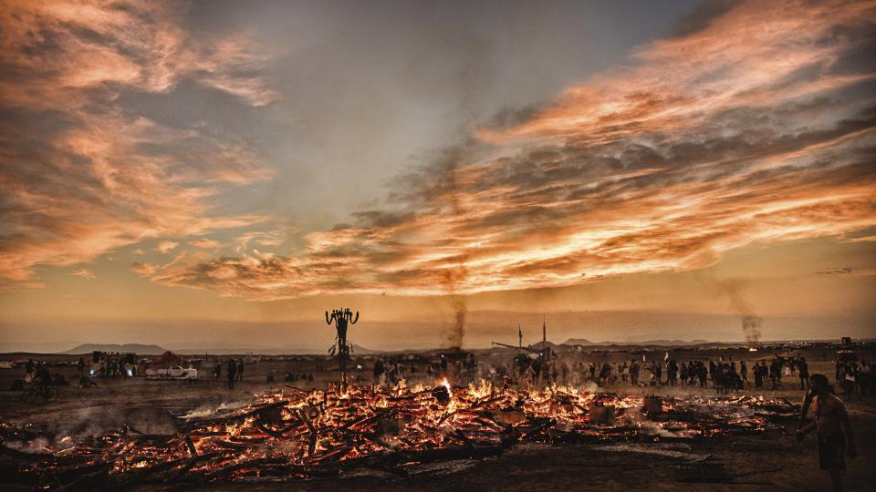 Marek Musil: World On Fire (festival Burning Man)