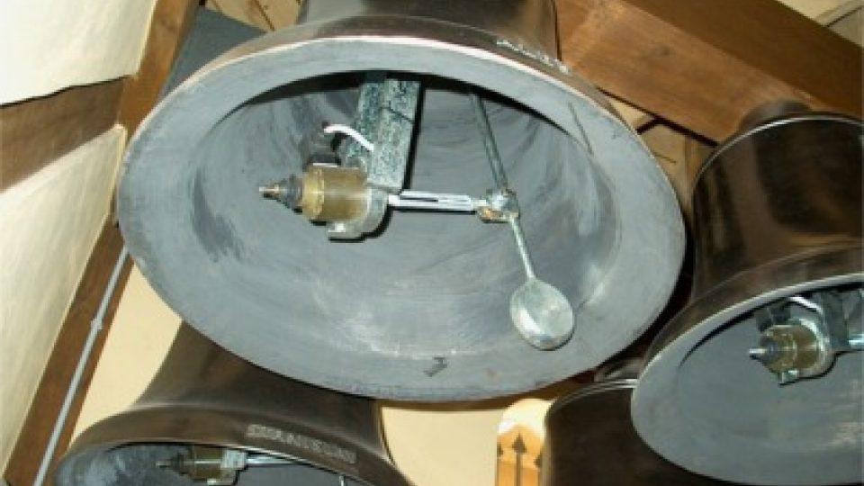 Elektromagnetické kladívko dokáže uhodit až sedmkrát za sekundu