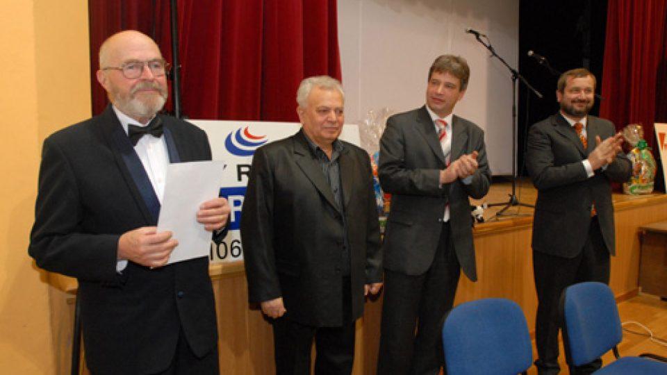 Potlesk pro Jaromíra Hniličku