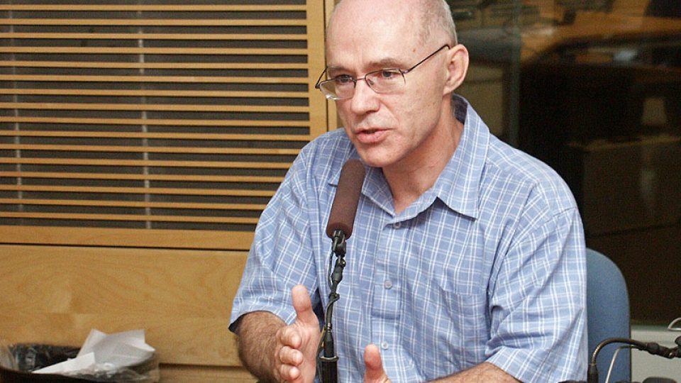Profesor Jiří Straus hovoří