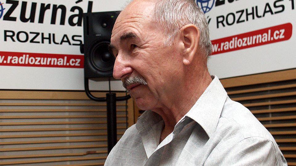 Novinář Zdeněk Velíšek hovoří