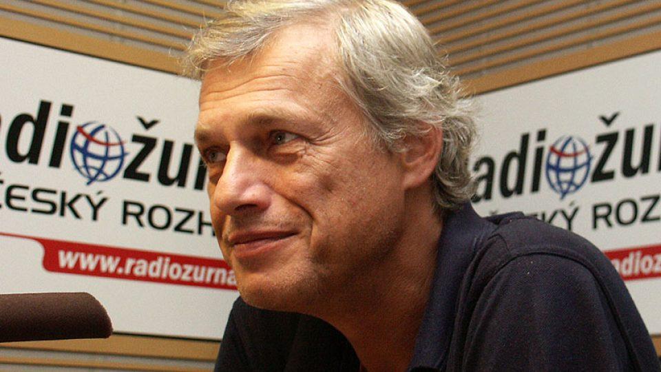 Vladimír Beneš, přednosta neurochirurgické kliniky ÚVN v Praze