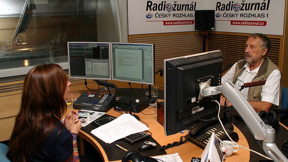 Jan Vodňanský a moderátorka Lucie Výborná
