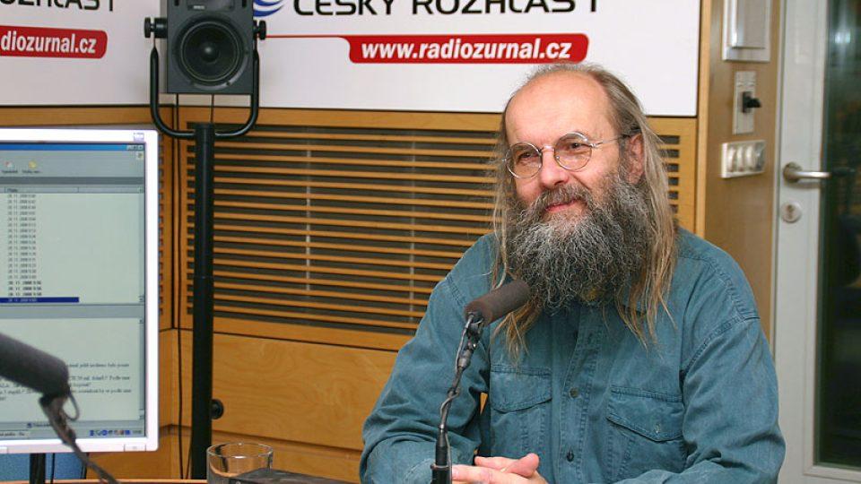 lingvista Karel Oliva