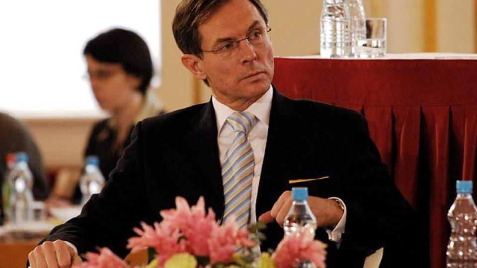 kandidát na prezidenta Jan Švejnar