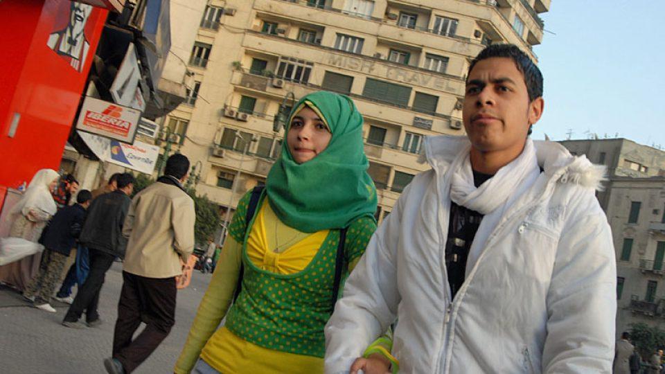 Alespoň šátek nosí drtivá většina Egypťanek