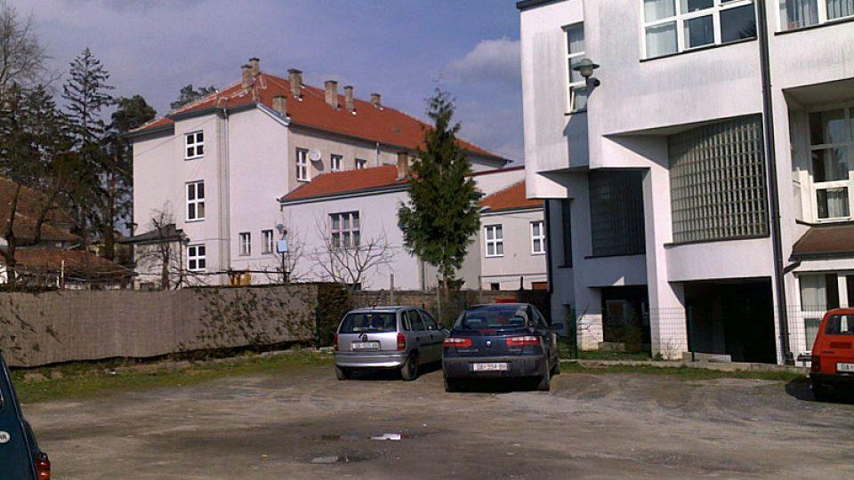 Areál české školy a gymnázia