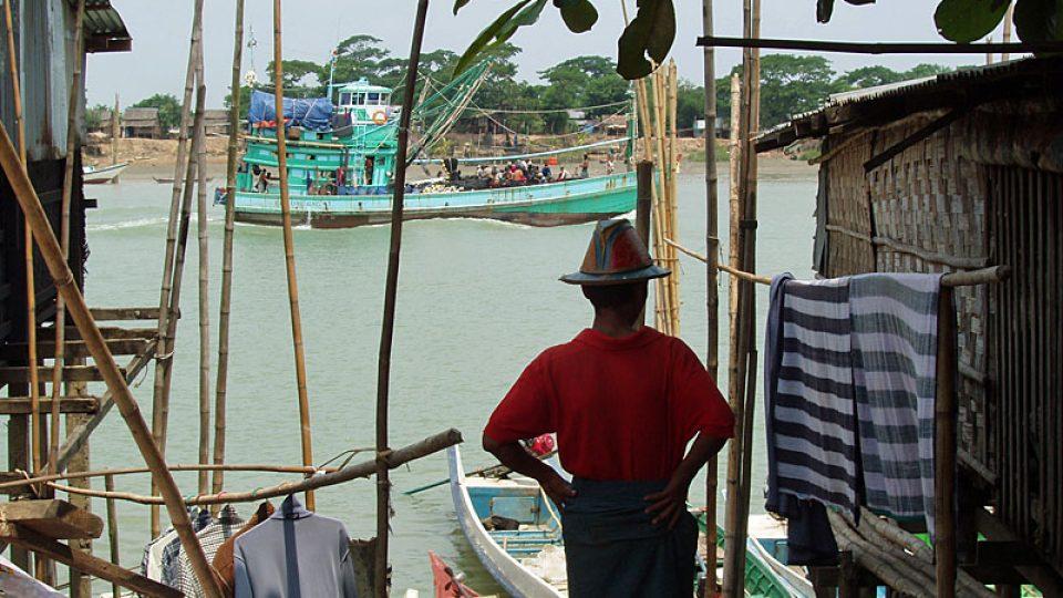 Kanál Twante v Barmě