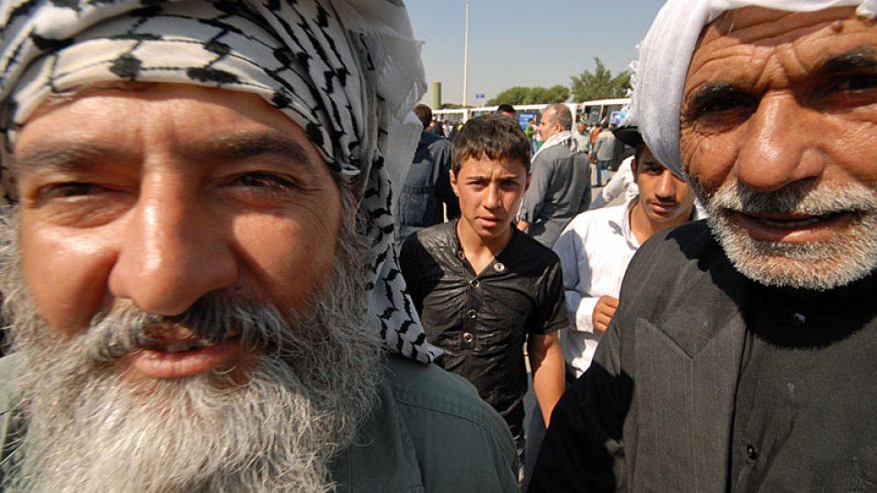 Íránskému vůdci se přijeli poklonit až z Iráku