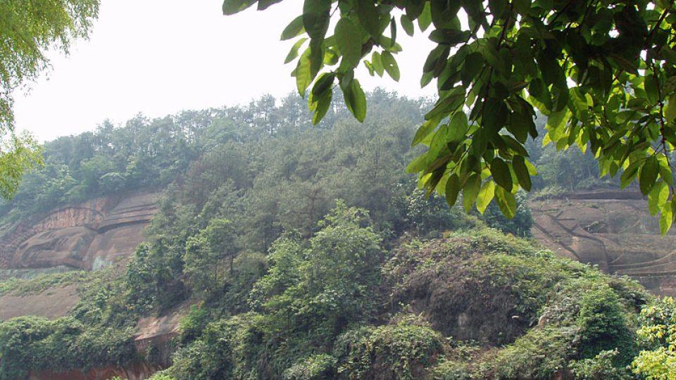 140 metrů dlouhý ležící Buddha