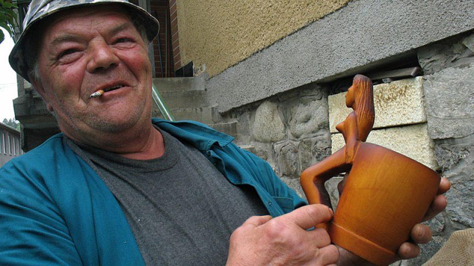 Igor Kuchárik s črpákem v ruce