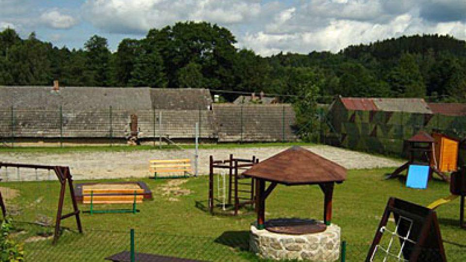 Dětské hřiště v Slavníči