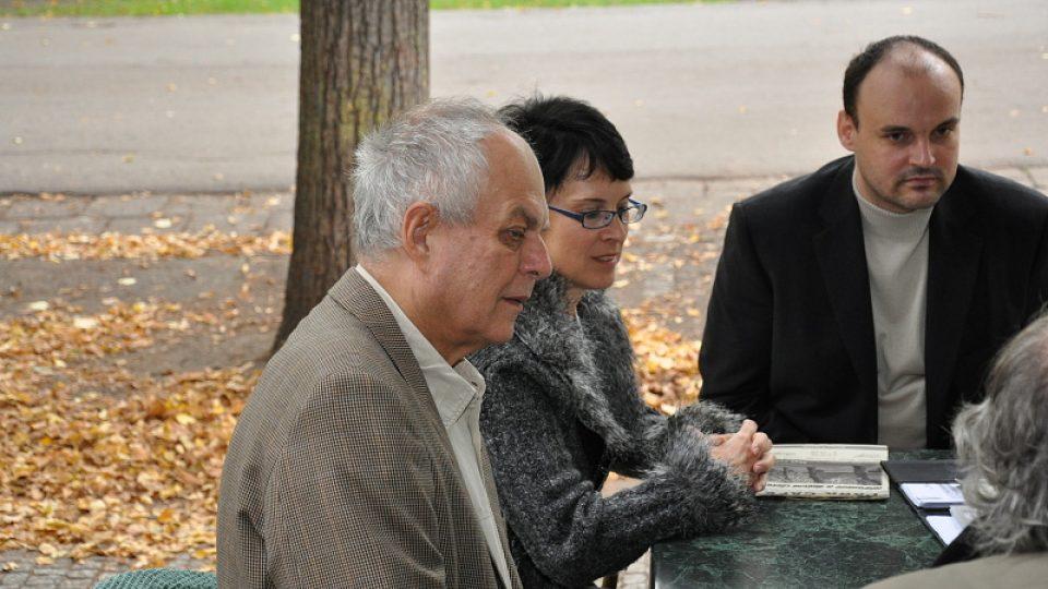 Odleva Alfred Strejček, Dana Reichová a Martin Pinkas