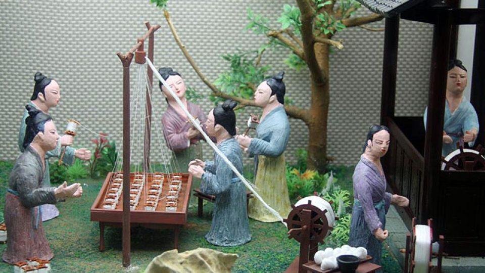 Ukázka výroby hedvábí