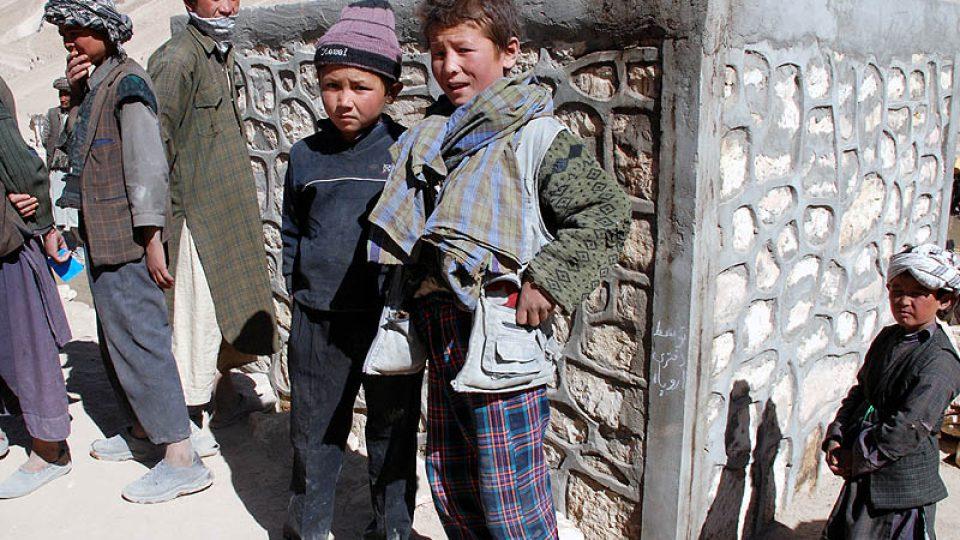 Děti z vesnice Pista