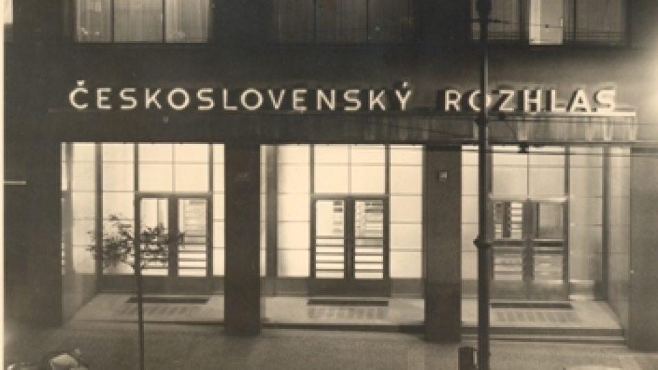 Historické fotografie budovy