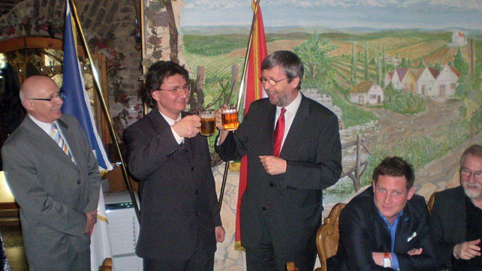 Imre Martin (uprostřed) a Jaromír Plíšek (vpravo)