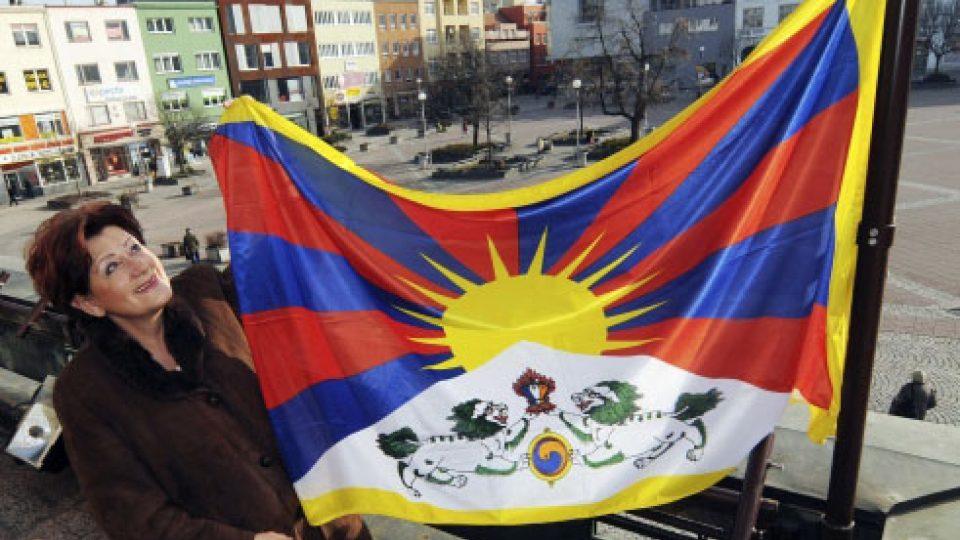 Vlajka Tibetu zavlála také na zlínské radnici