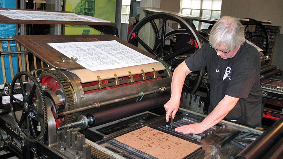 Tiskař v Národním muzeu karet