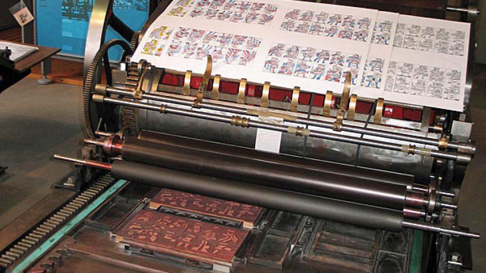 Stroj na tisk karet