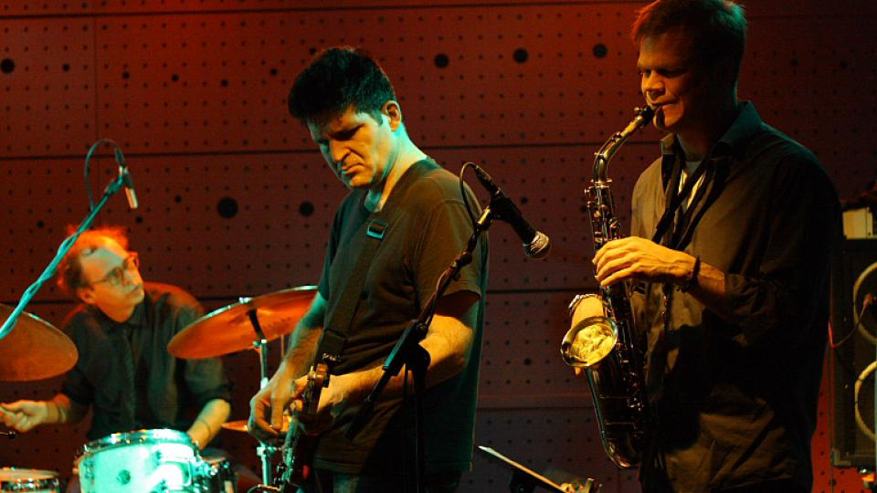 Kenny Wollesen, Tony Scherr, Briggan Krauss - Sex Mob - Jazz Dock (13. 3. 2010)