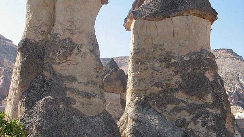 Skalní komíny v tureckém Göreme