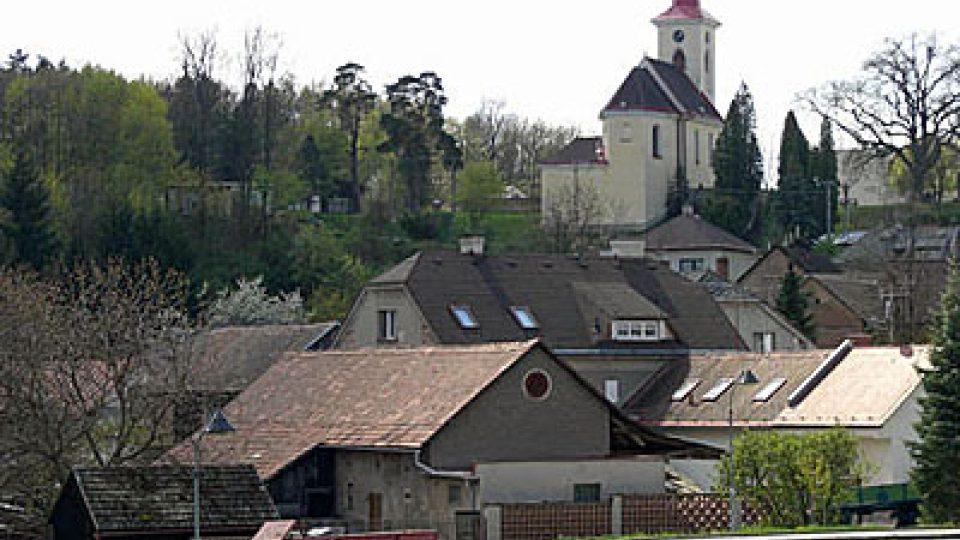 Kostel ve Velichovkách