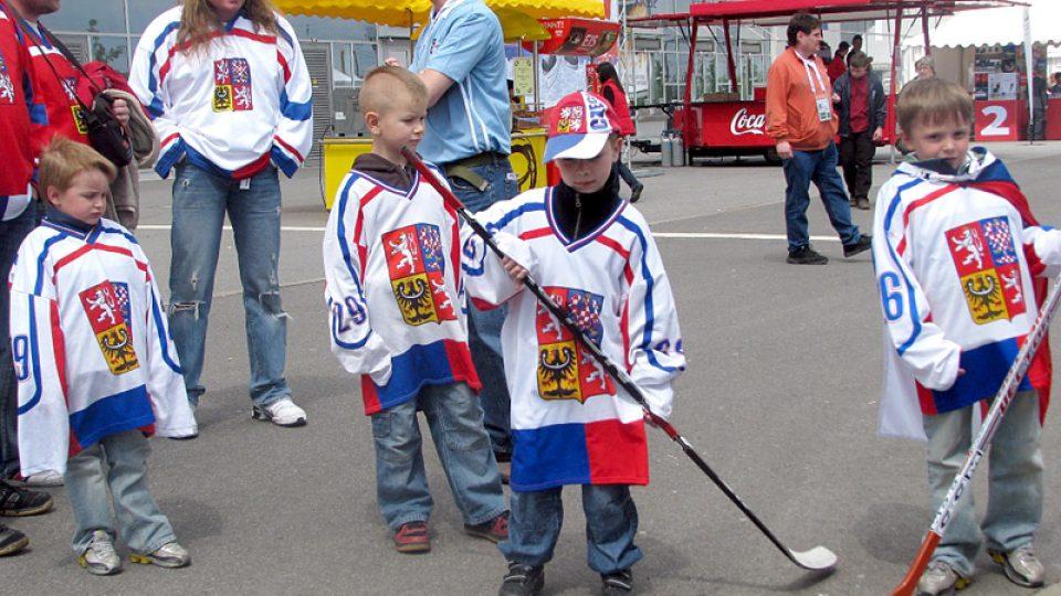 Malí fanoušci české hokejové reprezentace