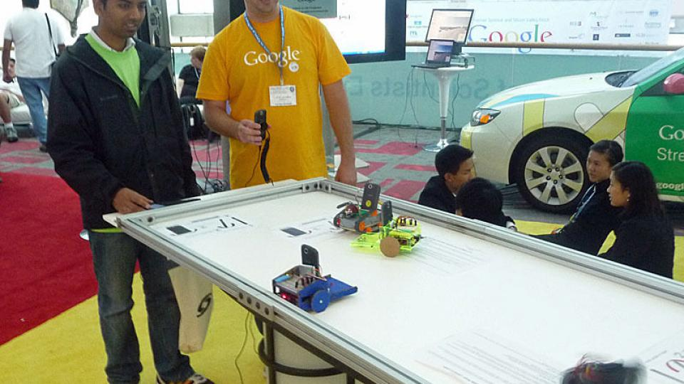 Na veletrhu Intel ISEF v San José