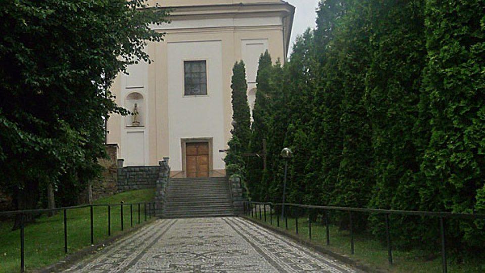 Cesta ke kostelu svatého Vavřince