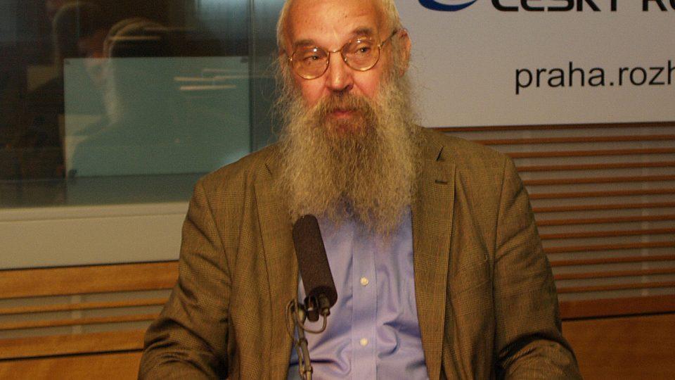 Pozvání do studia přijal David Jan Novotný