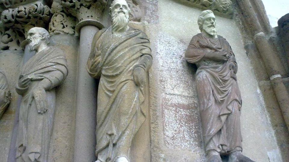 Sochařská výzdoba gotického kostela v klášteře Porta coeli