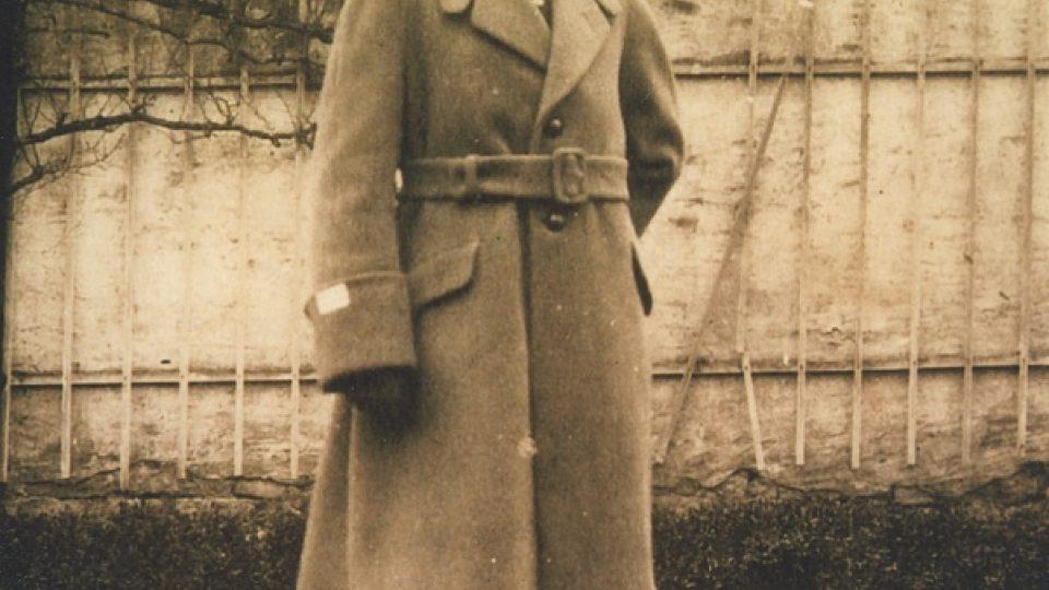 21. Alois Eliáš ve Francii, kde studoval po 1. sv. válce vojenskou školu