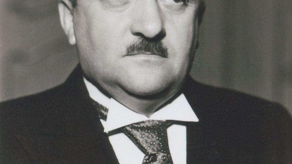33. Gen. Alois Eliáš byl vždy elegantní