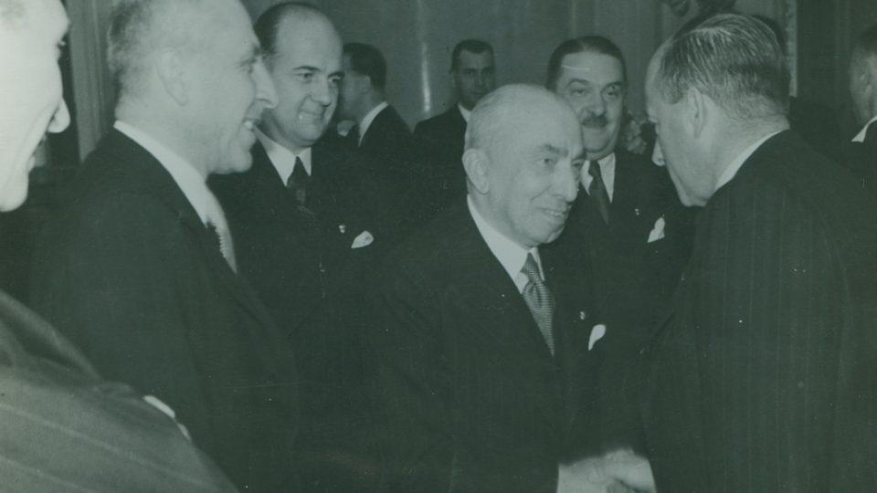 36. S prezidentem Háchou v Národním souručenství