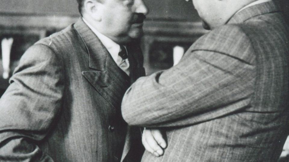 38. Eliáš s Josefem Pfitznerem, kolaborantem a náměstskem primátora, který byl po válce popraven
