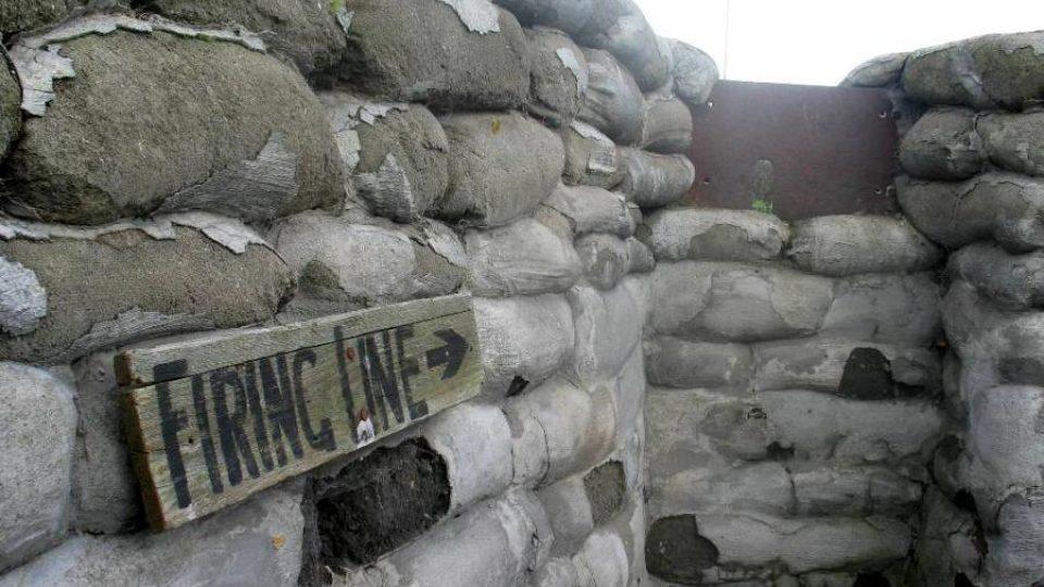 V takovýchto zákopech u města Ypry našly bolestivou smrt stovky spojeneckých vojáků za 1. světové války