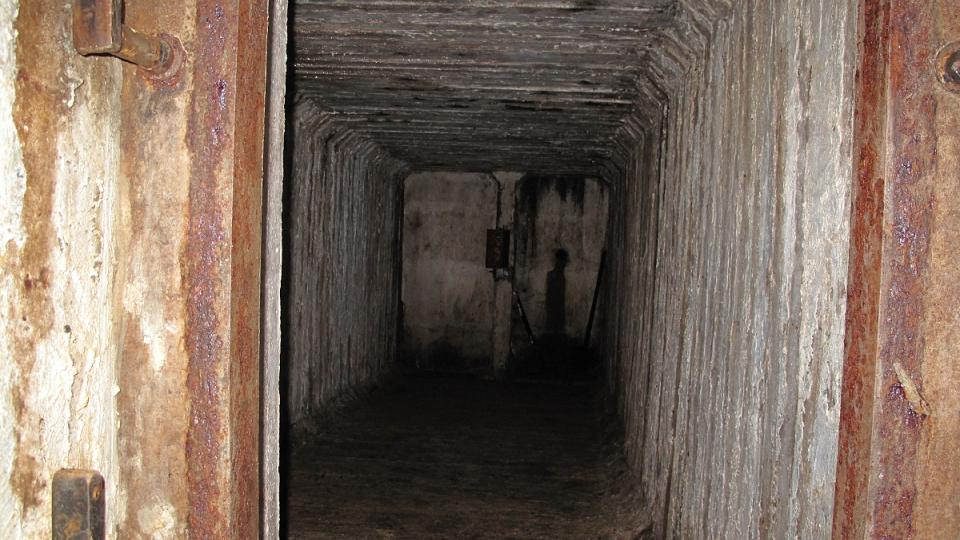 4. Uvnitř bunkru