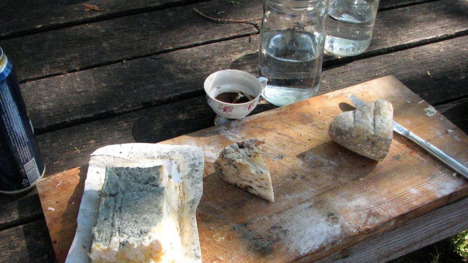 Některé ze sýrů Nikoly Bankoviće jsou možná až moc plesnivé