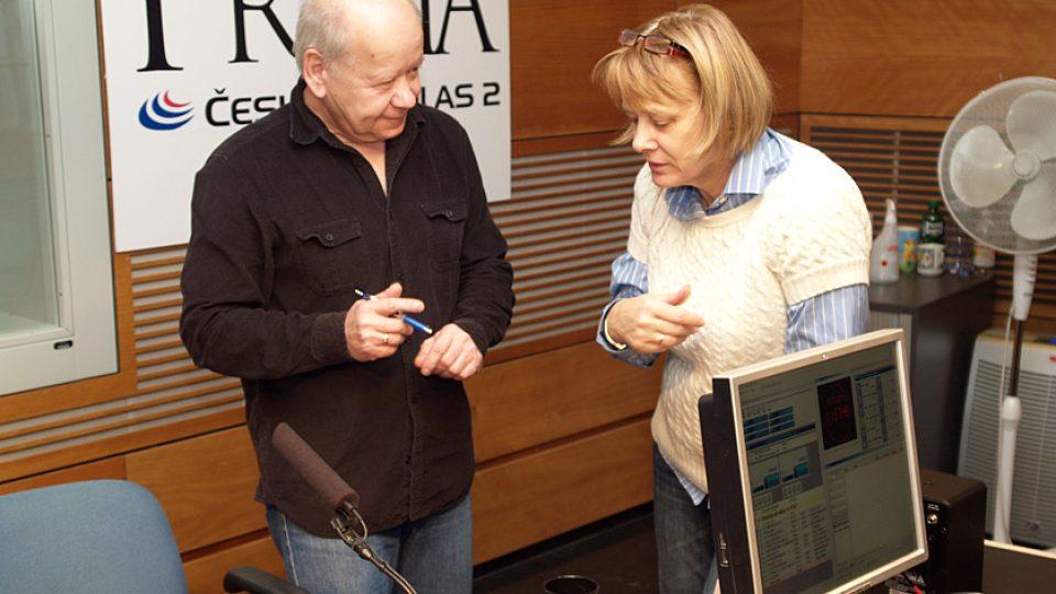 Radim Hladík rozdává autogramy