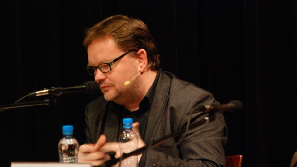 Moderátor Robert Tamchyna