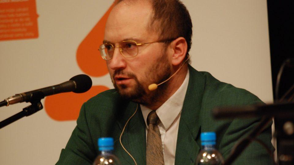 PhDr. Mgr. Jeroným Klimeš, Ph.D., psycholog se specializací na partnerské a rodinné vztahy